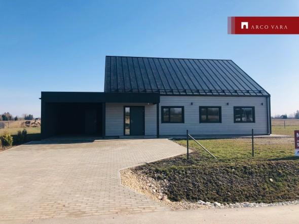 Müüa maja Hobunurme tee 14, Põvvatu küla, Luunja vald, Tartu maakond